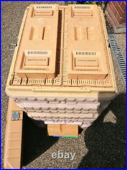 Apimaye 10 frame Langstroth Insulated Bee Hive, plus lots of extras