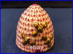 Herend Figurine Beehive Pink / Raspberry Fishnet