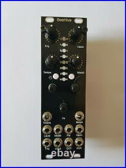 Mutable Instruments Micro Plaits Beehive 8HP black