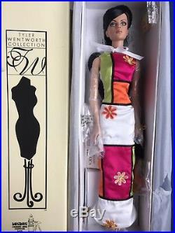 Tonner Tyler 16 POP ART BEEHIVE SYDNEY CHASE London Fashion Doll Festival NRFB