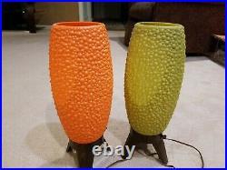 VINTAGE Mid Century Modern Beehive Rocket Plastic Tripod Table Lamps Pair